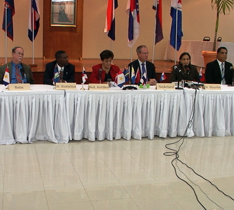 Overleg zonder Curaçao